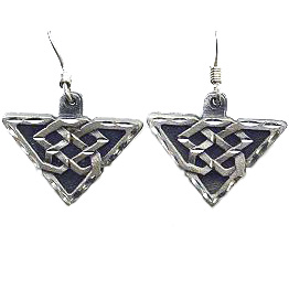 Dangle Earrings Celtic - Siskiyou's dangle earrings are cast in zinc, lead free and hypoallergenic featuring an emblem with a Celtic.
