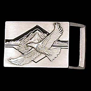 Belt Buckle - Eagle & Mountains  - This finely sculpted and enameled belt buckle contains exceptional 3D detailing. Siskiyou's unique buckle designs often become collector's items and are unequaled with the best craftsmanship.  The smaller size is perfect for thinner belts.