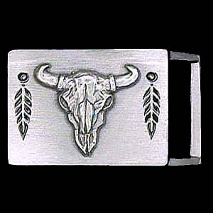 "Belt Buckle - Buffalo Skull (1 1/4"") - This finely sculpted and enameled belt buckle contains exceptional 3D detailing. Siskiyou's unique buckle designs often become collector's items and are unequaled with the best craftsmanship.  The smaller size is perfect for thinner belts."