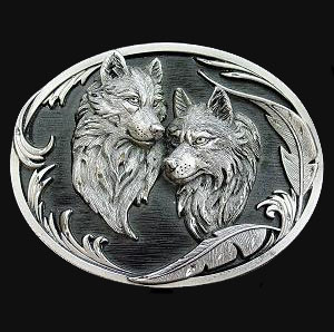 Two Wolves (Diamond Cut) - This finely sculpted belt buckle contains exceptional 3D detailing and diamond cut accents. Siskiyou's unique buckle designs often become collector's items and are unequaled with the best craftsmanship.