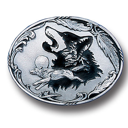 Belt Buckle - Howling Wolf - This finely sculpted and hand enameled belt buckle contains exceptional 3D detailing. Siskiyou's unique buckle designs often become collector's items and are unequaled with the best craftsmanship.