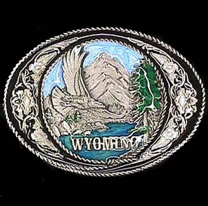 Belt Buckle - Wyoming with Scroll - This finely sculpted and hand enameled belt buckle contains exceptional 3D detailing. Siskiyou's unique buckle designs often become collector's items and are unequaled with the best craftsmanship.